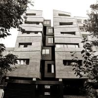 ساختمان اداری گلفام