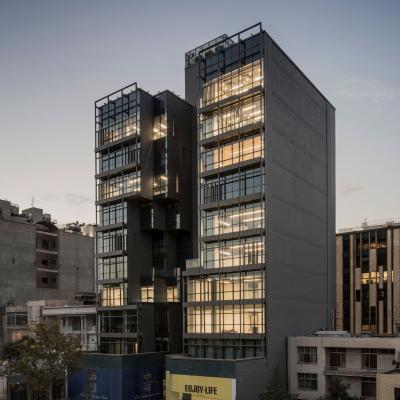ساختمان تجاری - اداری میکا 911