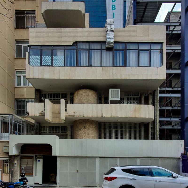 دفتر کار داوید اوشانا