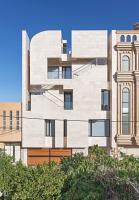 ساختمان اداری ایران-زمین