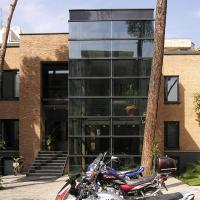 دفتر مرکزی پاژنگ خودرو