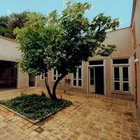 تبدیل یک خانه مخروبه به دفتر مشاور باوند